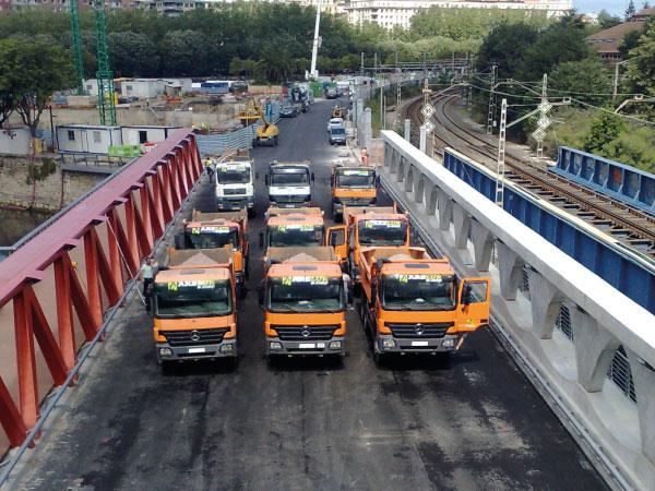 Transportes de obras públicas | ARELUR | Servicios y Flota